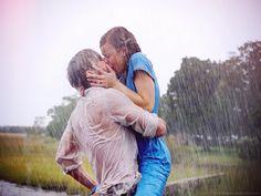s embrasser sous la pluie