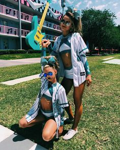 Everyone on Senior Elite takes perfect pictures Tag people from senior elite in the comments! Cheerleading Photos, Cheerleading Cheers, Cheer Stunts, Cheer Dance, Cheer Athletics, Cheerleading Stunting, Cheerleading Uniforms, Cheer Uniforms, Cheer Picture Poses
