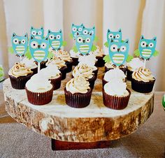 These cupcake toppers are made with Hoot 'n Holler cricut cartridge Owl Baby Shower Decorations, Baby Shower Themes, Baby Boy Shower, Shower Ideas, Baby Theme, Owl Themed Parties, Owl Birthday Parties, Owl Parties, Birthday Stuff