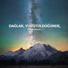 Rahmân ve Rahîm (olan) Allah'ın adıyla.  1. Güneş katlanıp dürüldüğünde, 2. Yıldızlar (kararıp) döküldüğünde, 3. Dağlar (sallanıp) yürütüldüğünde, 4. Gebe develer salıverildiğinde, 5. Vahşî hayvanlar toplanıp bir araya getirildiğinde, 6. Denizler kaynatıldığında, 7. Ruhlar (bedenlerle) birleştirildiğinde,  #ayet #tekvirsuresi #ayetler #güneş #yıldız #dağ #deve #vahşi #hayvan #denizler #ahiret #kabir #ilmisuffa