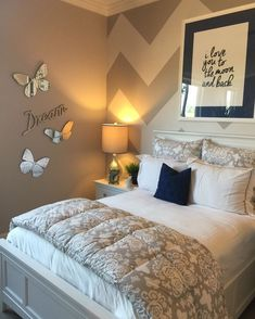Cozy Romantic Bedroom Decor - the Story Beds are available in all shapes and sizes. Apart from requiring a short-term solution for an old bed, there i. Girl Bedroom Designs, Room Ideas Bedroom, Dream Bedroom, Home Decor Bedroom, Bedroom Wall, Teen Bedroom, Romantic Bedroom Decor, House Rooms, Girl Room