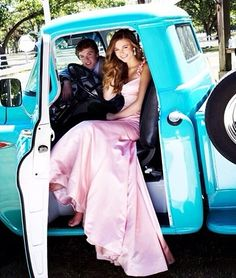 Cute Prom Picture Idea