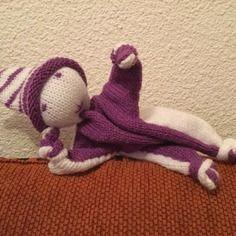 Doudou lutin tricoté blanc et violet