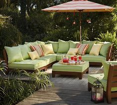 Love L shaped sofas. This would be great for outdoor entertaining!