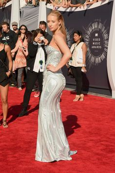 What Do You Think About Iggy Azalea's Versace Look at the MTV VMAs?