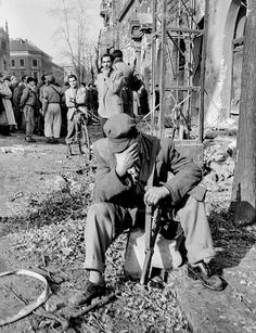 "The 1956 Hungarian Revolution – in pictures ""An exhausted rebel – his head leaning on a gun"" African American History, British History, Women In History, World History, Ancient History, Border Guard, War Image, World View, American Revolution"