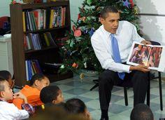 Obama reading to kids