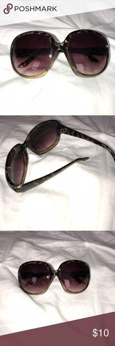 Oversized Sunglasses from Aldo Woman's Oversized Sunglasses from Aldo Woman's animal print Aldo Accessories Sunglasses
