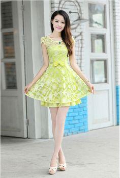 Hollow hook flower bowknot Slim CapSleeve zipper flounced skirt Organza Dress