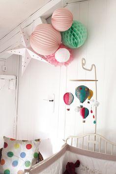 baby room kidsroom home baby lampion girls hothairballoon balloon - Bebe Chambre Complete