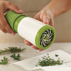 10 Must-Have Kitchen Tools & Gadgets