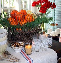 Oranges, lemons- and outdoor planter! Christmas Decorations, Table Decorations, Christmas Ideas, Table Top Design, Oranges And Lemons, Outdoor Planters, Holiday Festival, White Christmas, Seasonal Decor
