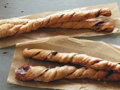 Cinnamon Bread Twists : These cinnamon twists take time, but they're well worth it. White whole-wheat flour adds fiber and whole-grain goodness; spicy apple butter, brown sugar and cinnamon brings real cinnamon roll flavor to the table. Cinnamon Twists, Cinnamon Bread, Real Cinnamon, Ground Cinnamon, Cinnamon Sticks, Healthy Breakfast Recipes, Healthy Recipes, Breakfast Ideas, Healthy Breakfasts