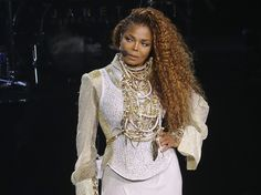Janet Jackson : Elle va beaucoup mieux http://www.closermag.fr/people/people-anglo-saxons/janet-jackson-elle-va-beaucoup-mieux-588189 via @closerfr #Unbreakable -Janet's Team