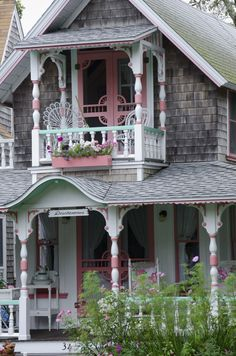 Cottage Porch, Cozy Cottage, Coastal Cottage, Lake Cottage, White Cottage, Cottage Living, Shabby Cottage, Shabby Chic, Beach Cottage Style
