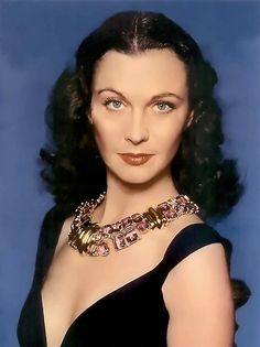 Magazine photos featuring Vivien Leigh on the cover. Vivien Leigh magazine cover photos, back issues and newstand editions. Golden Age Of Hollywood, Vintage Hollywood, Hollywood Glamour, Hollywood Stars, Classic Hollywood, Hollywood Icons, Scarlett O'hara, Vivien Leigh, Most Beautiful Women