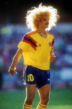 """Carlos """"El Pibe"""" Valderrama, sin duda uno de los grandes de la historia del fútbol colombiano, el mítico 10 jugó en tres campeonatos mundiales: Italia 1990, Estados Unidos 1994, Francia 1998."""