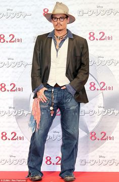 Johnny Depp attending a photocall for 'The Lone Ranger' in Tokyo, Japan - July 2013 - Photo: Runway Manhattan/ZUMA Press Johnny Depp, Moves Like Jagger, The Lone Ranger, Hot Actors, My Guy, Hats For Men, Cool Style, Men's Style, Disney