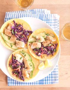 Easy fish tacos featuring lightly crispy fish, supple corn tortillas, and soft avocado. Slaw Recipes, Fish Recipes, Seafood Recipes, Mexican Food Recipes, Cooking Recipes, Healthy Recipes, Entree Recipes, Recipies, Savoury Recipes