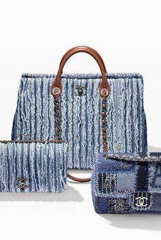 A Chanel handbag is anticipated to get trendy. So how could you get a Chanel handbag? Bag Jeans, Denim Purse, Denim Jeans, Fringe Purse, Chanel Purse, Chanel Handbags, Designer Handbags, Chanel Chanel, Denim Handbags