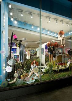 Topshop festival window display by elemental design. Boutique San Francisco, Visual Merchandising, Wallpaper Store, Hosted Voip, Store Layout, Interior Windows, Design Poster, Shop Window Displays, Healthy People 2020 Goals