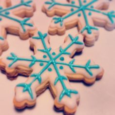 Frozen  #Cookies #Frozen  #CopoDeNieve Disney Frozen Party, Frozen Birthday Party, Baby Birthday, Fondant Cookies, Sugar Cookies, Diy Party, Party Ideas, Ana Frozen, Frozen Wedding