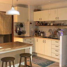 Home Decor Kitchen, Kitchen Interior, Kitchen Design, Kitchen Ideas, Interior Modern, Home Interior Design, Korean Bedroom, Korean Kitchen, Minimalist Room