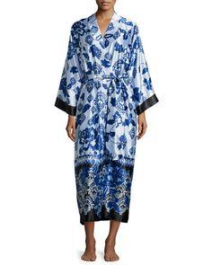 (Oscar de la Renta   Floral-Print Robe in Blue Chandelier)