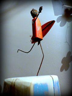 http://mutozinc.blogspot.fr/ driftwood surf art art surf bois flotté wood and wire Vendu