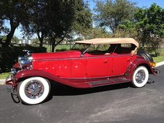 1932 Lincoln KB Sport Phaeton - (Lincoln Motor Company, a division of Ford Motor Company, Dearborn, Michigan 1917-present)
