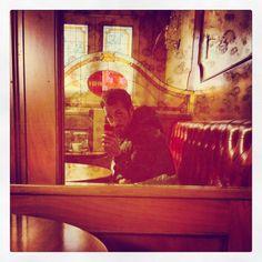 Scaringi Time ☕️ #Scaringi #time #bar #mi #milano #city #città #caffè #coffe #photo #foto #iphonesia #iphone #autoscatto #instagram #kiss