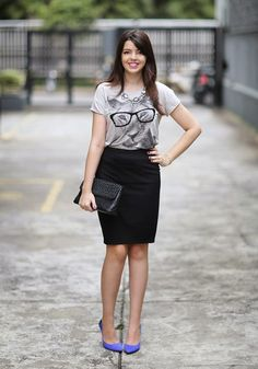 This is such a cute pencil skirt outfit Work Fashion, Modest Fashion, Fashion Looks, Fashion Ideas, Look Office, Office Looks, Skirt Outfits, Casual Outfits, Look Street Style