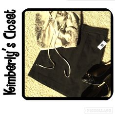 """✨ GAP black skirt✨ Brand new black stretch skirt from Gap.  Very sleek, sophisticated look!  95% cotton, 5% spandex.  Double vented in back.  19"""" long.  Brand new with tags!  Perfect basic black skirt. GAP Skirts Pencil"""
