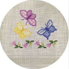 This Pin was discovered by Tre Butterfly Cross Stitch, Cross Stitch Heart, Cross Stitch Borders, Cross Stitch Animals, Cross Stitch Flowers, Cross Stitch Designs, Cross Stitching, Cross Stitch Embroidery, Embroidery Patterns