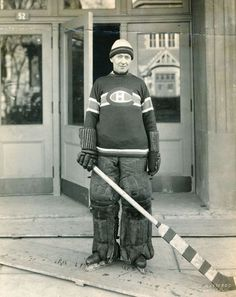 1925 photograph of Georges Vezina, taken by S. Ice Hockey Teams, Bruins Hockey, Hockey Goalie, Hockey Players, Sports Teams, Montreal Canadiens, Mtl Canadiens, Nhl, Hockey Pictures
