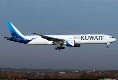 "Kuwait Airways Boeing 777-369/ER 9K-AOC ""Failaka"" on final approach to London-Heathrow, January 2017. (Photo: Mark Kwiatkowski)"