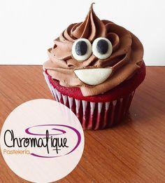 Emoji cupcake (Cupcake de emoticón) https://www.facebook.com/ChromatiquePasteleria