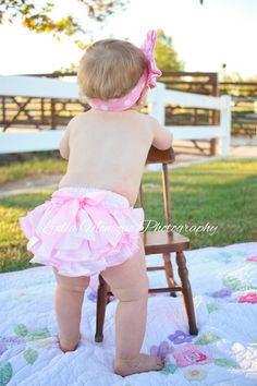 Baby girl clothes pink baby bloomer baby by GigglesandWigglesBtq