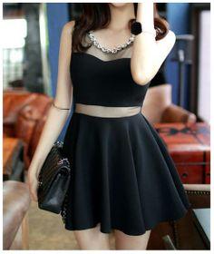 vestido preto com transparência