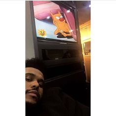 MOOD abel prob watching cartoons staying unbothered, waiting for his girl to come to paris () while these attention seekers trynna come after him