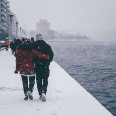"You say ""singing in the rain"". We say ""dancing in the snow"" Thessaloniki, ❤… Sweet Morning Images, Winter Gowns, I Love Snow, Urban Nature, Winter's Tale, Singing In The Rain, Paradise On Earth, Deep Forest, Nature Images"