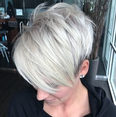 Gorgeous Short Haircuts For Women Regarding the haircut, the ladies are always befuddled. Hair makes a woman look fascinating. Haircuts For Women, Short Hair Cuts For Women, Short Hair Styles, Undercut Pixie Haircut, Blonde Pixie Haircut, Undercut Hairstyles, Short Platinum Blonde Hair, Short Silver Hair, Short Blonde
