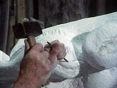 Carving Marble with Traditional Tools. Getty Museum video, Relates to Ecstasy of Saint Teresa. Cornaro Chapel, Church of Santa Maria della Vittoria. stucco and gilt bronze (chapel). Marble Carving, Soapstone Carving, Sculpture Images, Stone Sculpture, Sculpture Projects, Ap Art History 250, Gian Lorenzo Bernini, Cement Art, Getty Museum