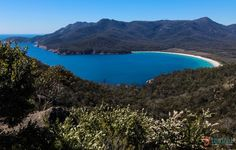 Wineglass Bay - a must visit beach in Freycinet National Park, Tasmania, Australia Cool Places To Visit, Places To Travel, Travel Around The World, Around The Worlds, Perfect Road Trip, Australia Travel, Queensland Australia, Western Australia, Travel Alone
