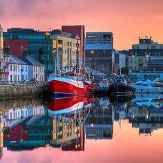 Reposting @wildlivesblog: Beautiful #Galway, #Ireland • #travels #travel #traveler #traveling #traveller #travelphotography #travelling #travelgram #travelphotography #adventure #adventurer #adventures #wandering #wanderlust #globetrotter #globetrotting #backpacker #backpacking #backpackerlife #eire #galwaygirl