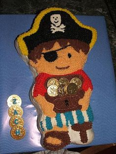 Cute Pirate cake, love the gold coins