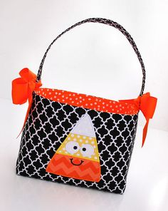 Halloween Trick or Treat bag basket fabric Applique candy corn