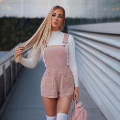 Streetwear Shorts Women Overall Short Feminino spodenki damskie Su. Streetwear Shorts Women Overall Short Feminino spodenki damskie Su. Teen Girl Outfits, Winter Fashion Outfits, Mode Outfits, Girly Outfits, Cute Casual Outfits, Look Fashion, Stylish Outfits, Fall Outfits, Vintage Outfits