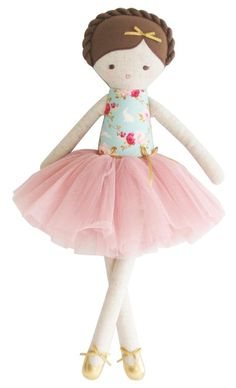Rag doll ballerina with a tutu. Linen and cotton handmade doll. Gift ideas for girls. Heirloom doll - Her Crochet Diy Rag Dolls, Sewing Dolls, Rainbow Bedding, Ballerina Doll, Patchwork Baby, Fabric Gifts, New Dolls, Doll Maker, Love Sewing