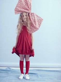 Photographer Julia Bostock shoots this adorable little girl for Vogue Bambini  #hairbow #.......just a little to big for my princess!!!